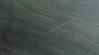La magia del pavimento in legno o la praticità di un pavimento in ceramica?
