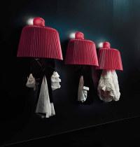 Pallucco: un pò lampade un pò appendiabiti